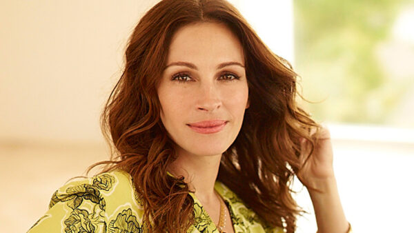 Julia Roberts Knows How To Play Clarinet