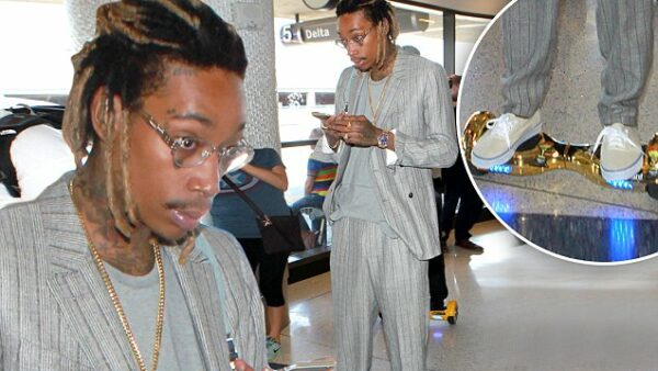 wiz khalifa hoverboard in supermarket