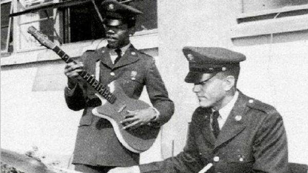 15 Celebrities You Didn't Know Served in Army | Page: 2  Jimi Hendrix Army Unit