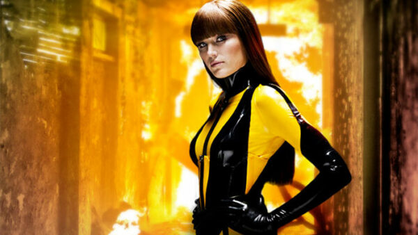 15 Greatest Female Action Movie Heroes of All Time Watchmen Characters Silk Spectre